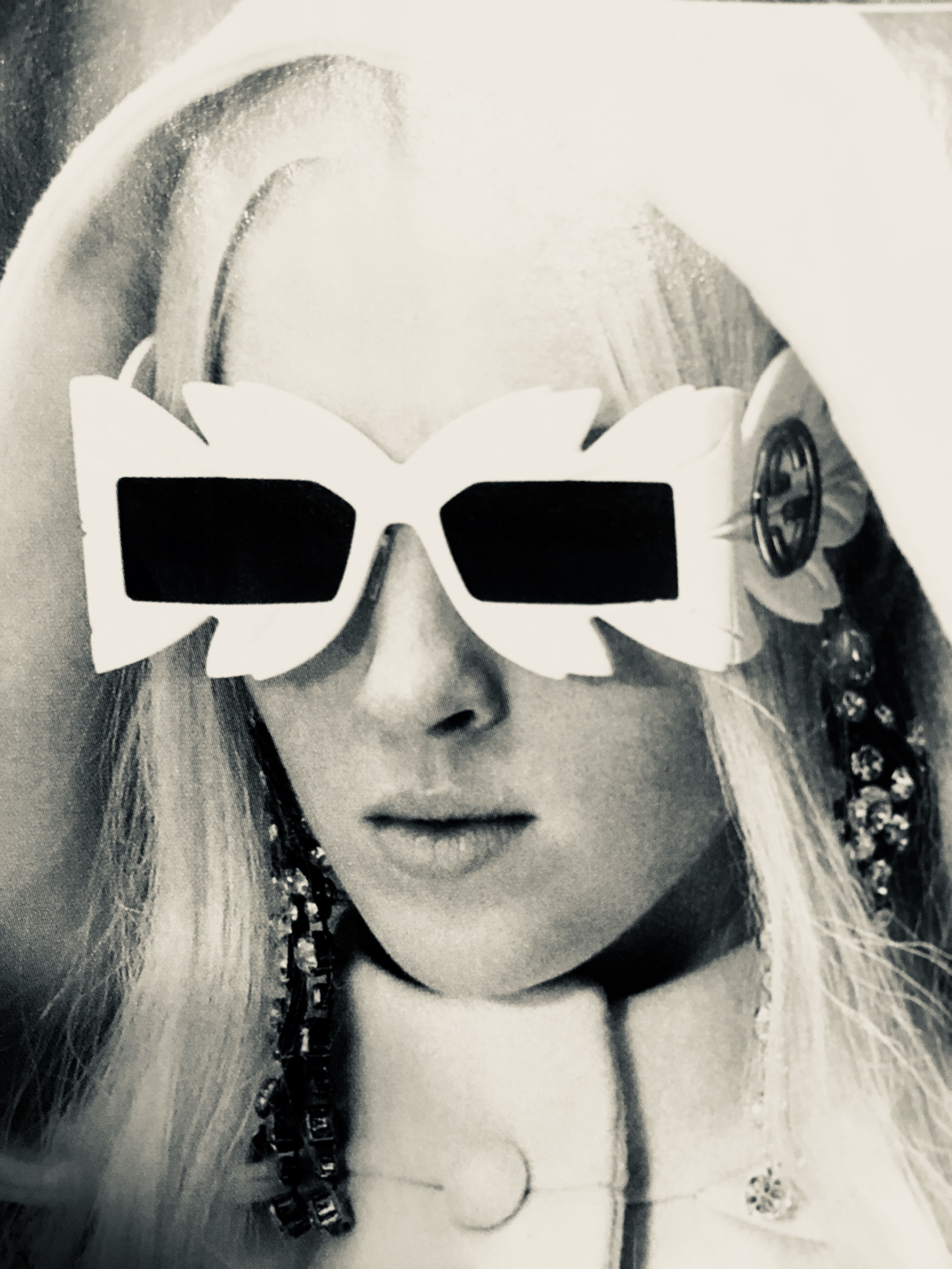 future VR specs (Gucci)